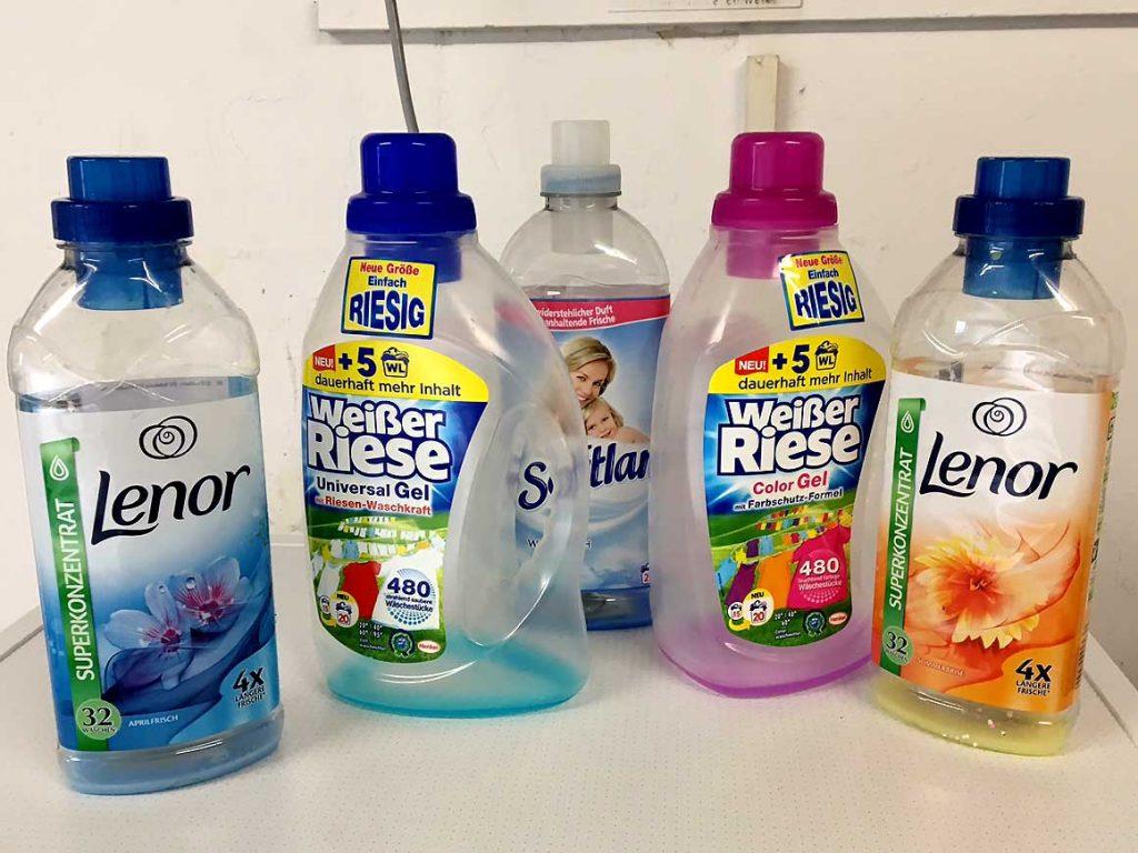 """Diese und ähnliche """"Überreste"""" finden sich täglich im Waschraum. Ein zuwenig an Chemie ist sicher nicht schuld an schlechten Waschergebnissen."""